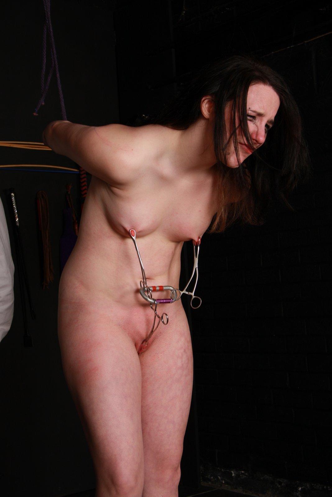 naked crying sex slaves